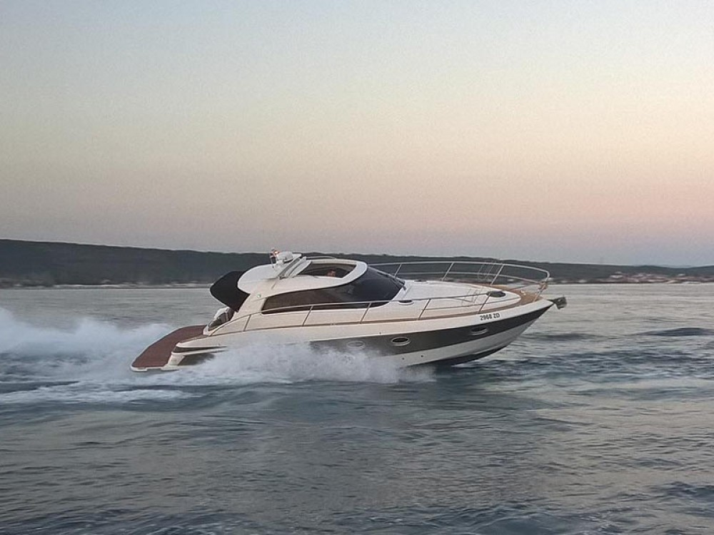 Rent a Elan Elan Power 35 Marina Pirovac