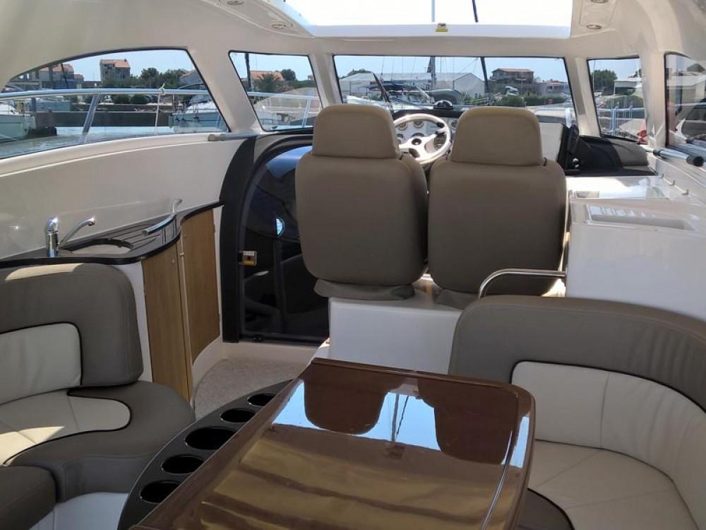 Rental yacht Marina Pirovac - Elan Elan Power 35 on SamBoat