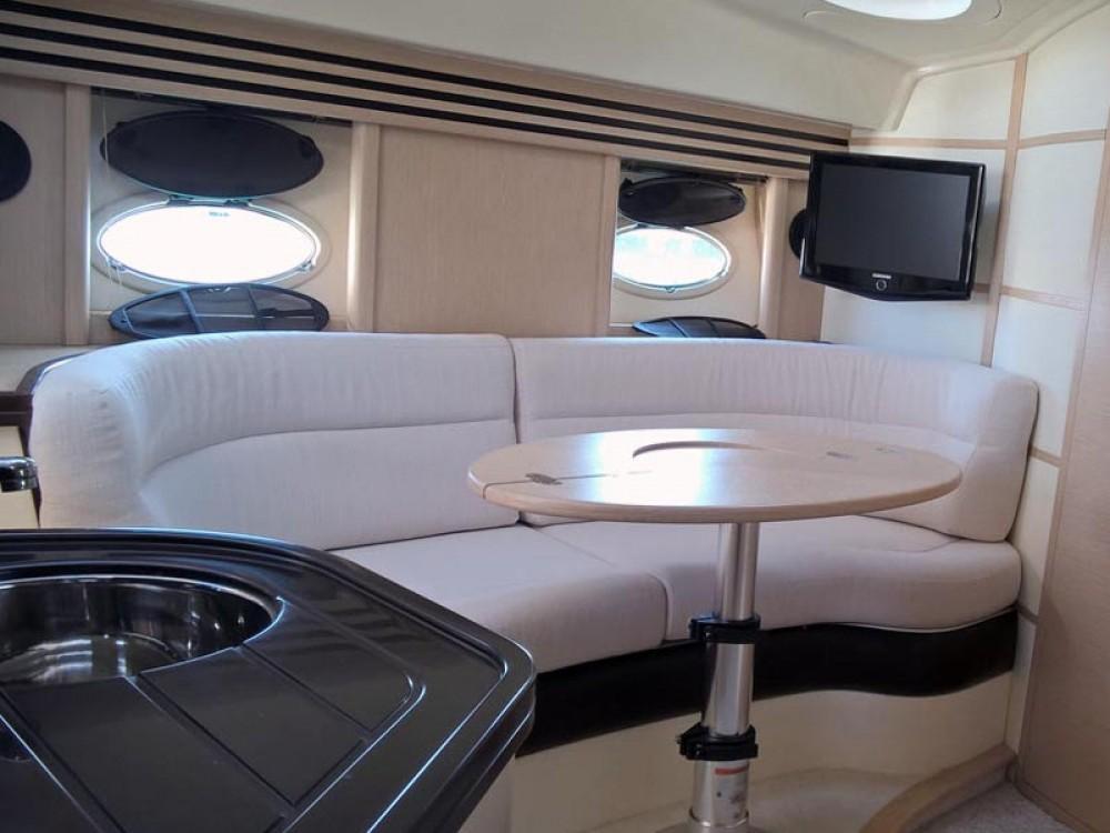 Rental Motor boat Elan with a permit