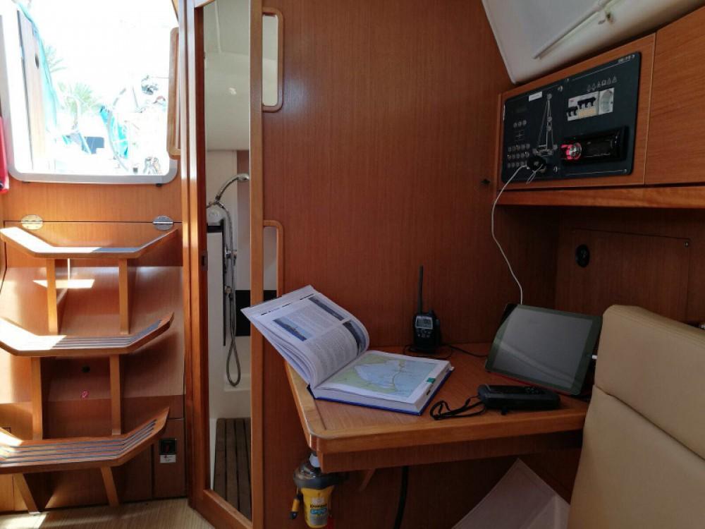 Location yacht à Puerto Deportivo Tomás Maestre - Bavaria Cruiser 32 sur SamBoat