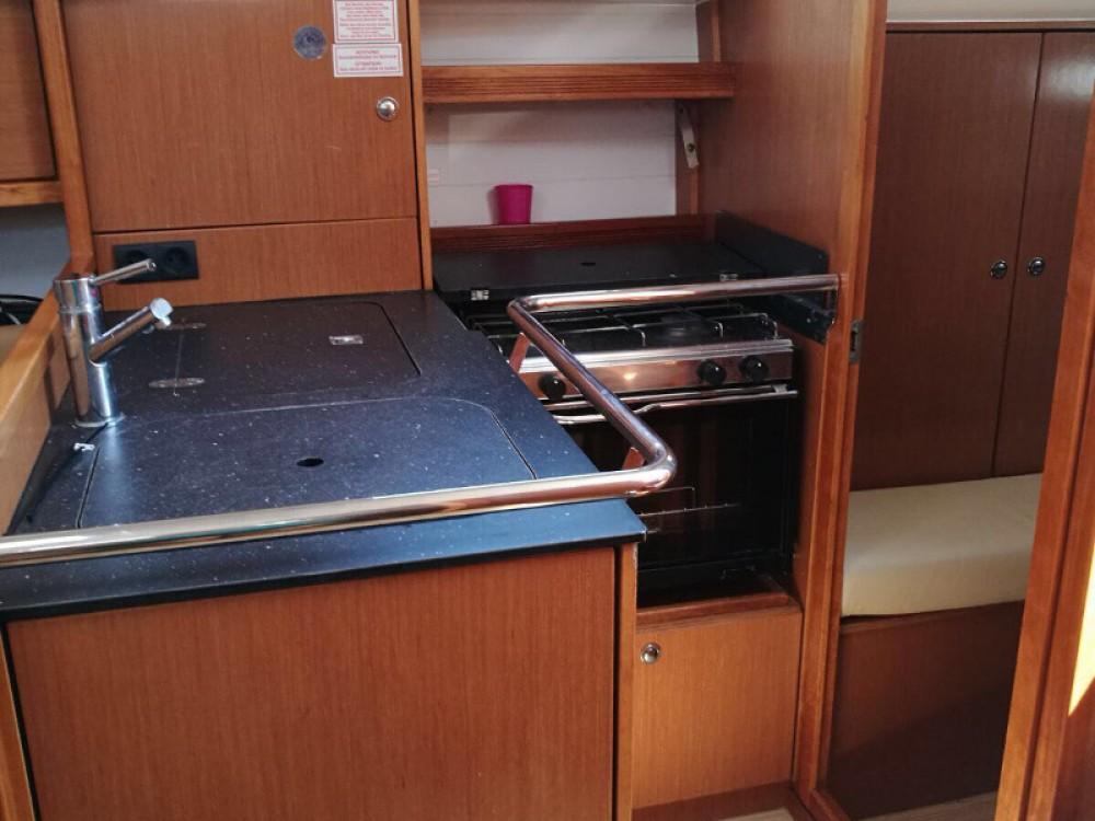 Louez un Bavaria Cruiser 32 à Puerto Deportivo Tomás Maestre