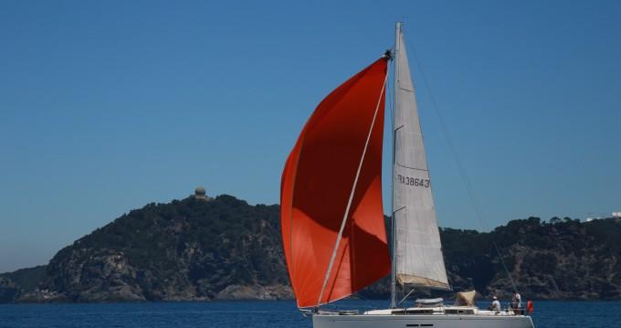 Location bateau Dufour Dufour 375 Grand Large à Hyères sur Samboat
