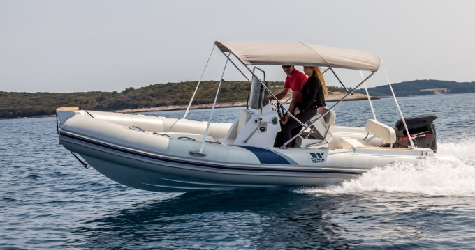 Location bateau Tiger SPORTLINE 550 à Vrsar-Orsera sur Samboat