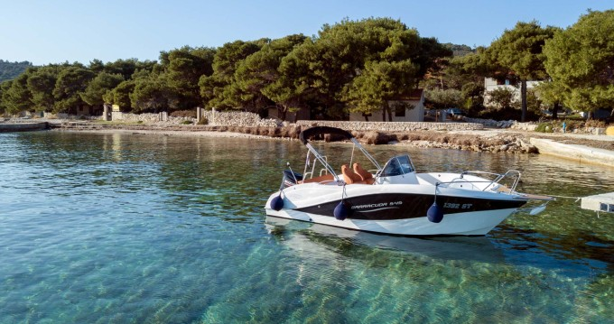 Louer Bateau à moteur avec ou sans skipper Okiboats à Split