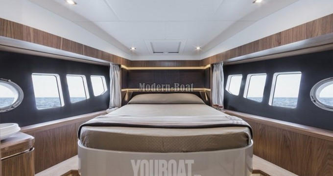 Location bateau Absolute Yachts Absolute 52 Fly à Hyères sur Samboat
