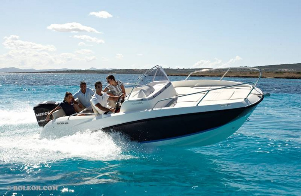 Boat rental Quicksilver Activ 605 Sundeck in Palma on Samboat