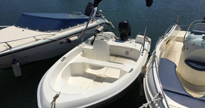 Hire Motor boat with or without skipper Quicksilver Palma