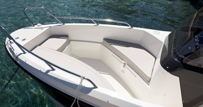 Rental yacht Palma - Quicksilver B455 'Theia' (without licence) on SamBoat