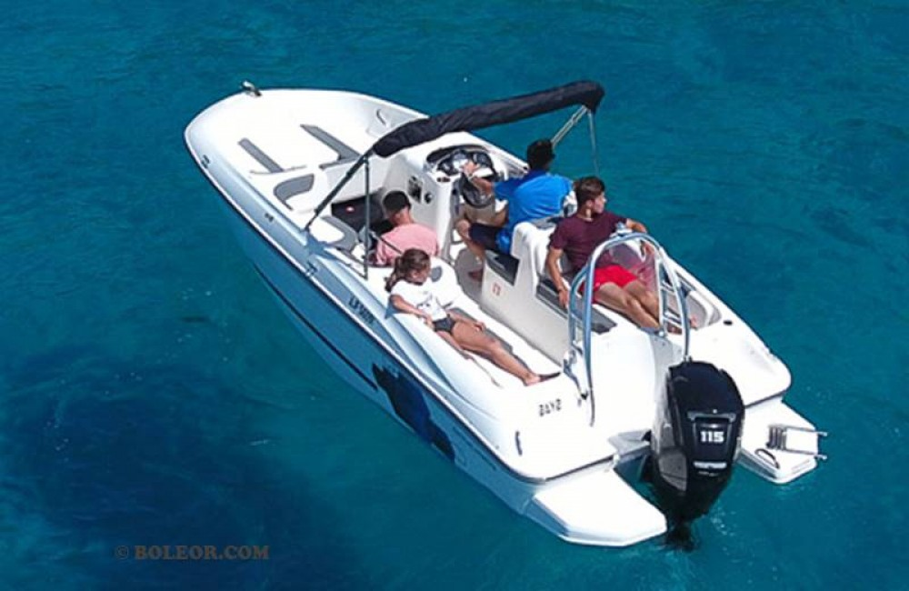 Bayliner Element between personal and professional Palma