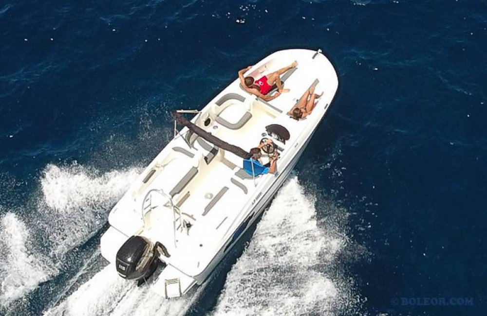 Boat rental Bayliner Element in Palma on Samboat