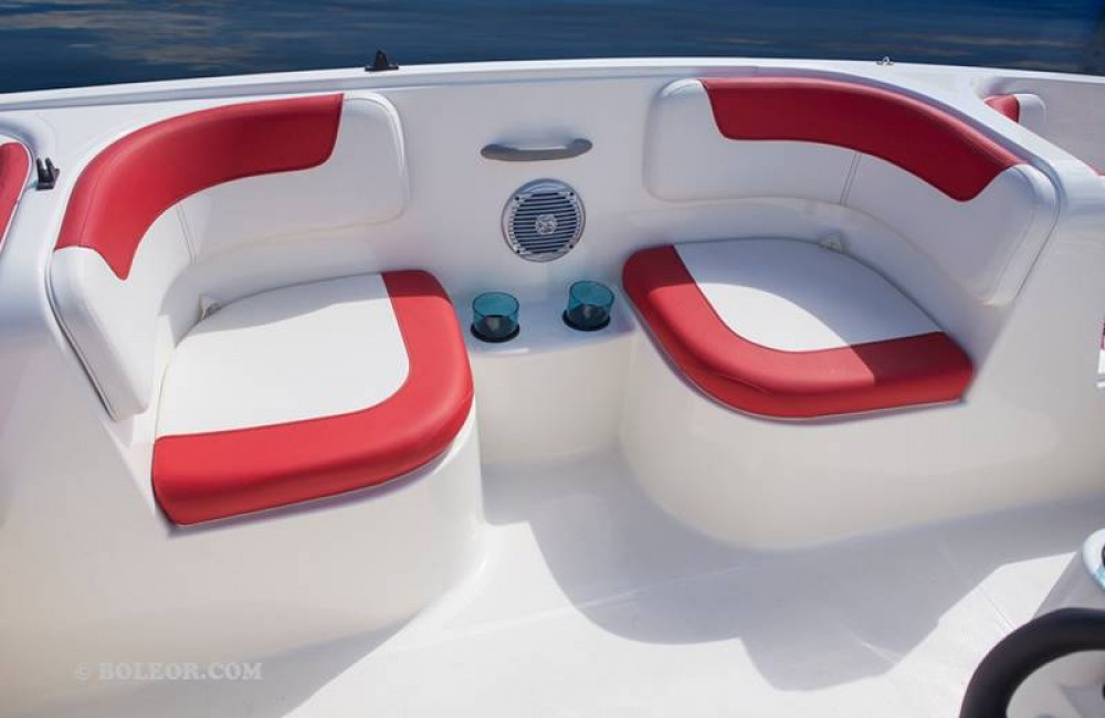 Hire Motor boat with or without skipper Bayliner Palma