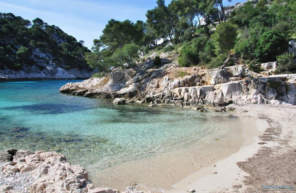 Boat rental Cassis cheap 19'