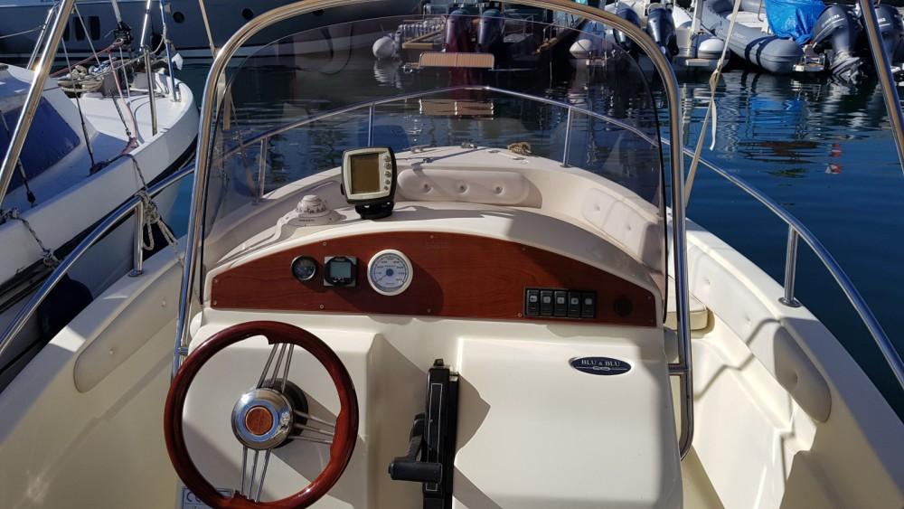 Rental Motor boat Blu&blu with a permit