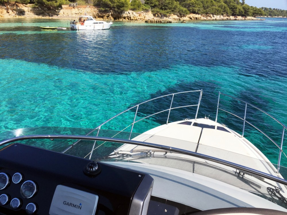 Louez un Galeon Galeon 380 Fly à Cannes