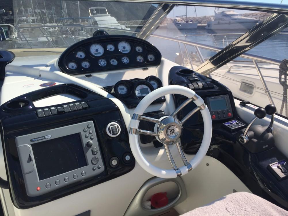 Motorboot mit oder ohne Skipper Cranchi mieten in Xàbia / Jávea