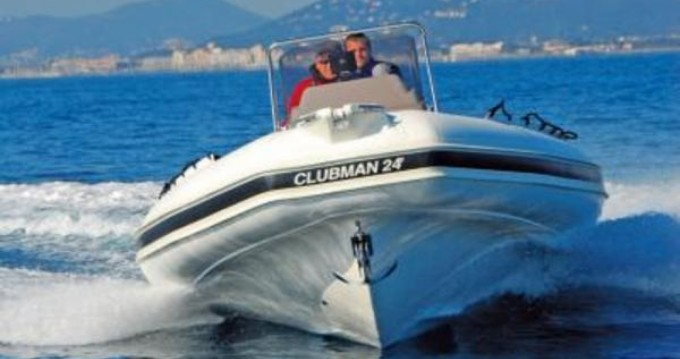 Boat rental Pianottoli-Caldarello cheap Clubman 24