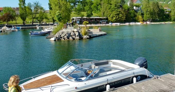 Bateau à moteur à louer à Le Bourget-du-Lac au meilleur prix