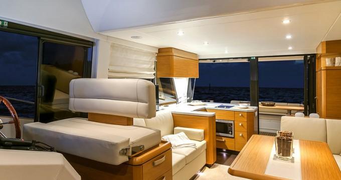 Location yacht à Setúbal - Bavaria Greenline Hybrid 48 Fly sur SamBoat