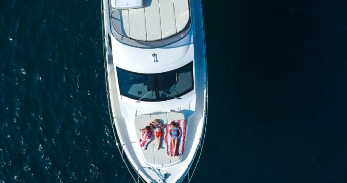 Location Bateau à moteur à Barcelone - Absolute Yachts Absolute 52 Fly