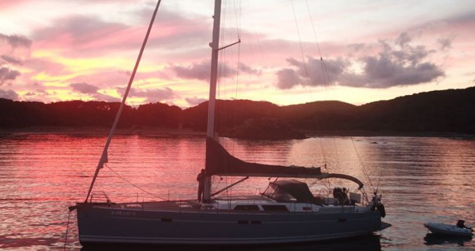 Hire Sailboat with or without skipper Hanse Port Olímpic