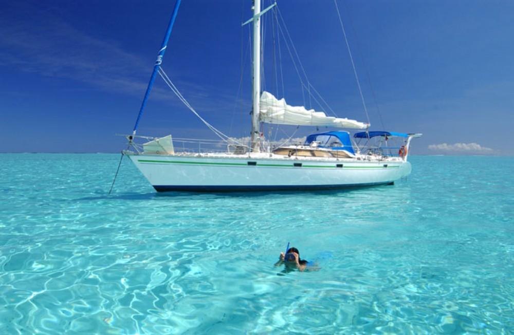 Rental yacht Huahine - Jeanneau Trinidad on SamBoat