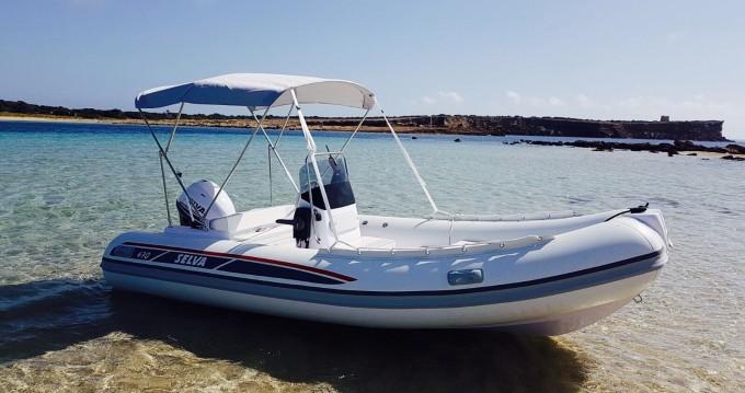 Louer Semi-rigide avec ou sans skipper Selva à Ibiza (Ville)