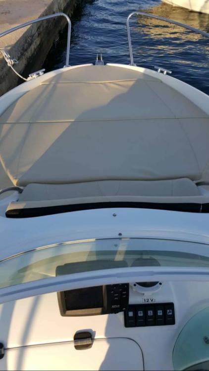 Bénéteau Flyer 650 Sun Deck entre particuliers et professionnel à Novi Vinodolski