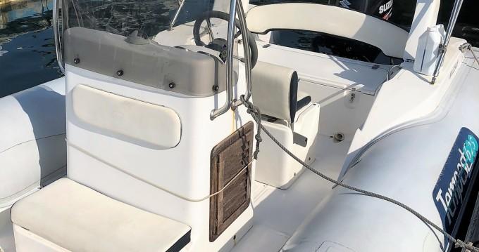 Location bateau Pointe-Rouge pas cher Tempest 625
