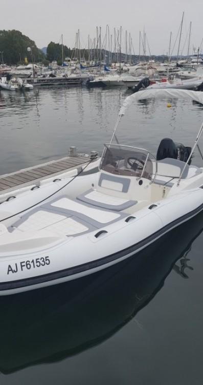 Boat rental Porto-Vecchio cheap Marlin Boat 17 FB