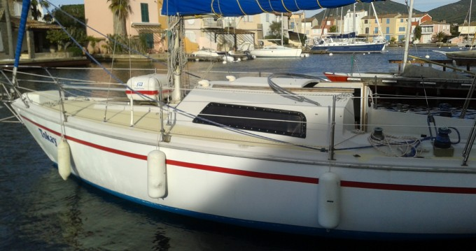 Hire Sailboat with or without skipper Jeanneau Port Grimaud