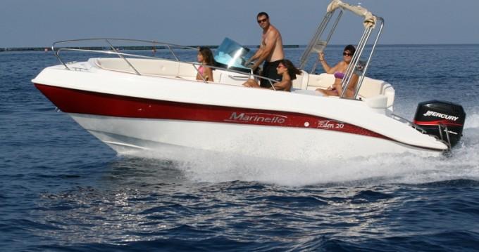 Louer Bateau à moteur avec ou sans skipper Marinello à Sant Amanç