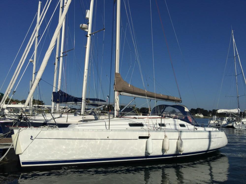 Bénéteau Oceanis 311 Clipper between personal and professional La Trinité-sur-Mer