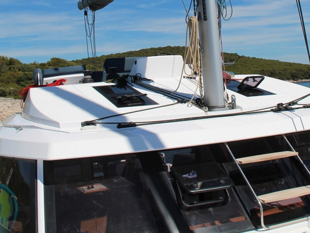 Hire Catamaran with or without skipper Nautitech Rodney Bay