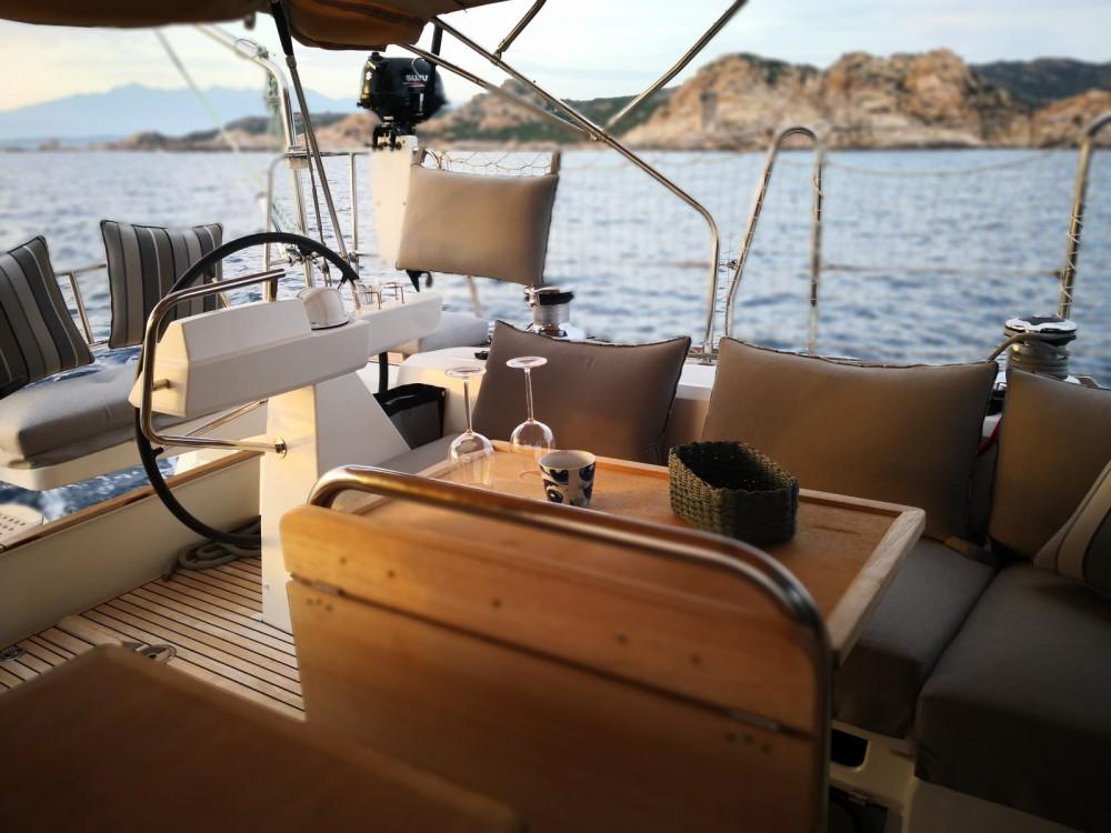 Louer Voilier avec ou sans skipper Bénéteau à Sari-Solenzara