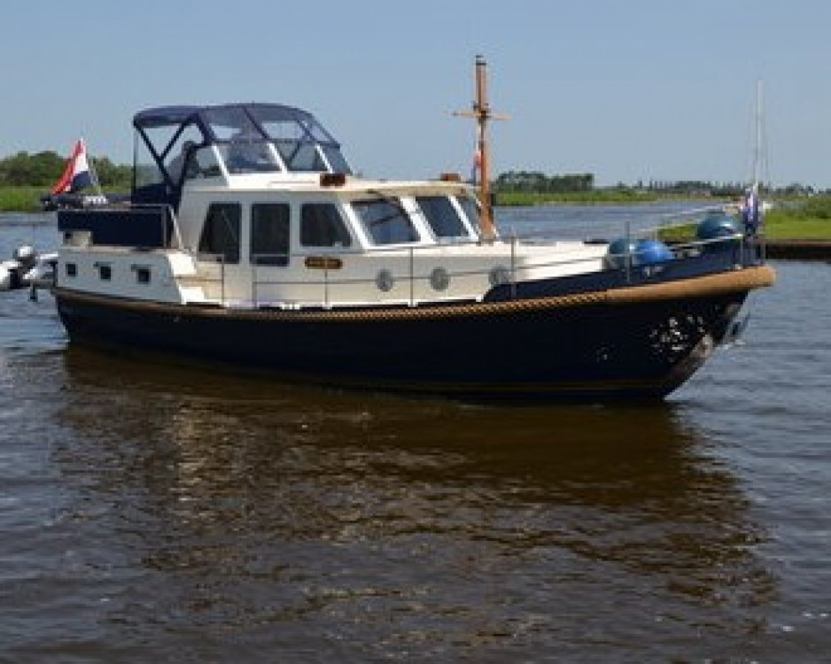 Hire Canal boat with or without skipper Brandsma Louhans