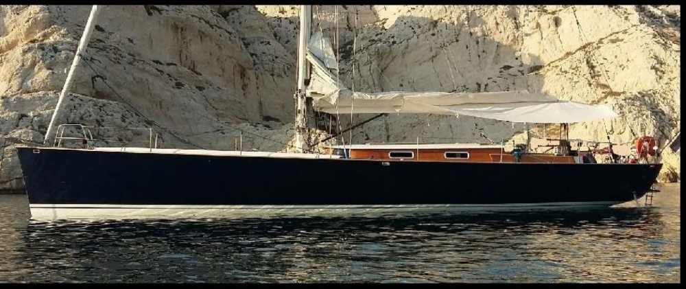 Hire Sailboat with or without skipper H2O Yachts Marseille