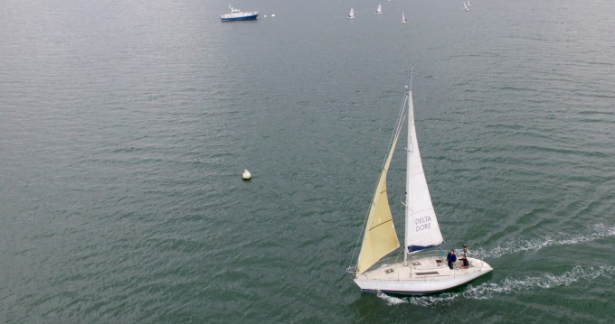 Hire Sailboat with or without skipper Bénéteau Saint-Suliac