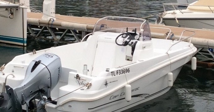 Bateau à moteur à louer à Saint-Mandrier-sur-Mer au meilleur prix