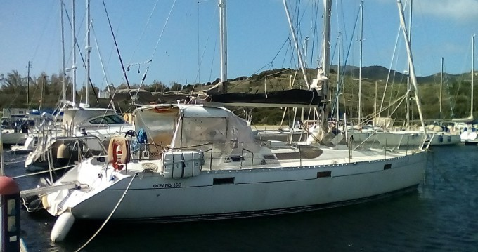 Location bateau Sant'Antioco pas cher Oceanis 430