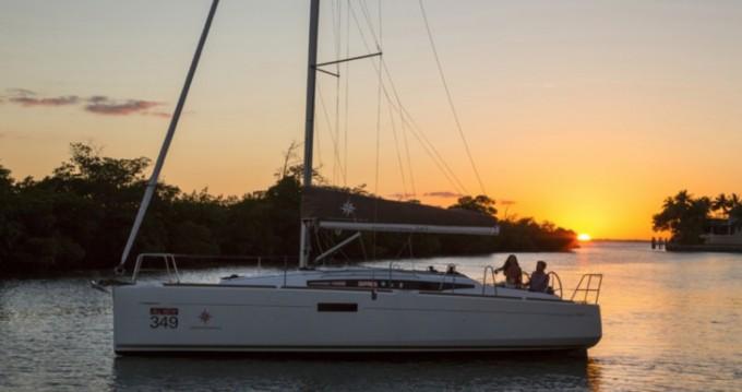 Jeanneau Sun Odyssey 349 entre particuliers et professionnel à Saint-Jean-Cap-Ferrat