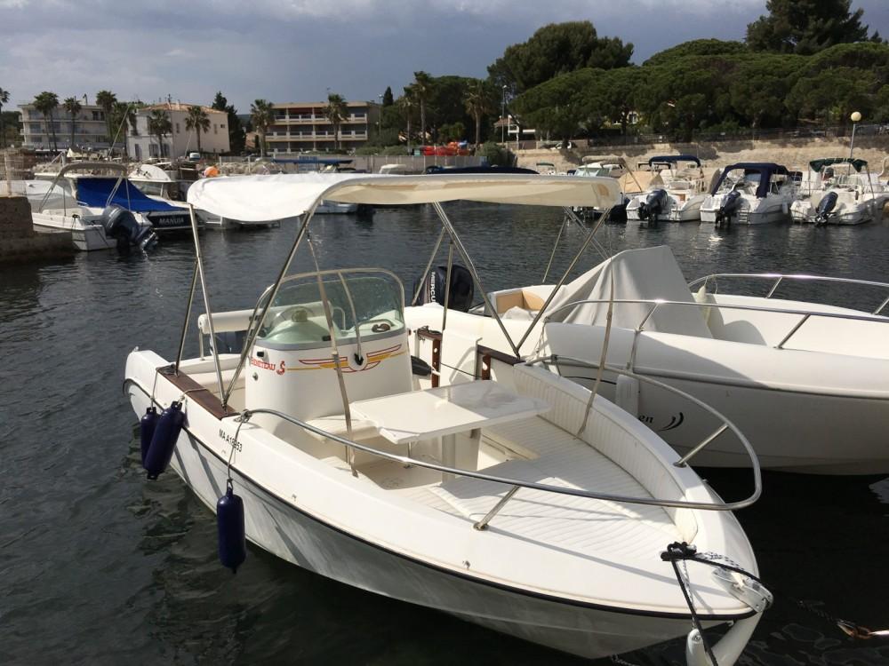 Boat rental Bénéteau Flyer 5 in La Ciotat on Samboat