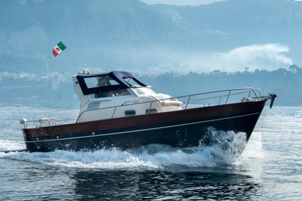 Noleggio Barca a motore Tecnonautica con un permesso di