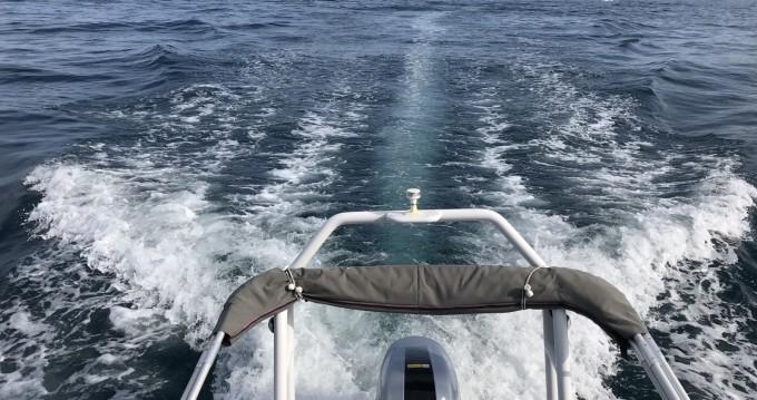 Louer Semi-rigide avec ou sans skipper Highfield à Mandelieu-la-Napoule