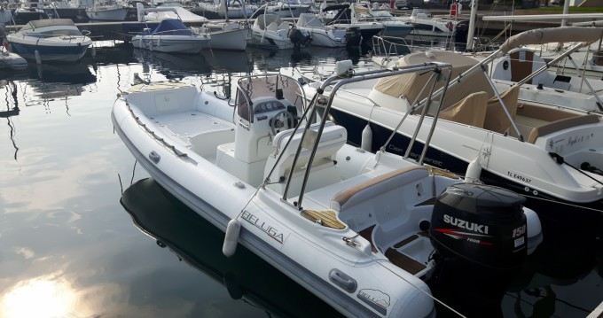 Lomac BELUGA 21 between personal and professional Cavalaire-sur-Mer