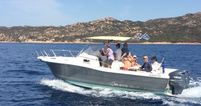 Location yacht à Bonifacio - White Shark 368 sur SamBoat