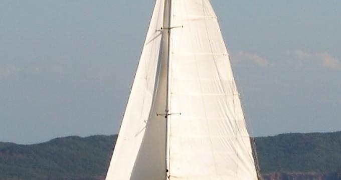Louer Catamaran avec ou sans skipper Jeanneau à Ambodifotatra