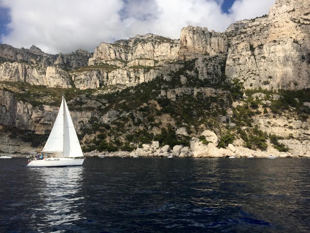 Rental yacht Golfe-Juan - Dufour Dufour 32 Classic on SamBoat