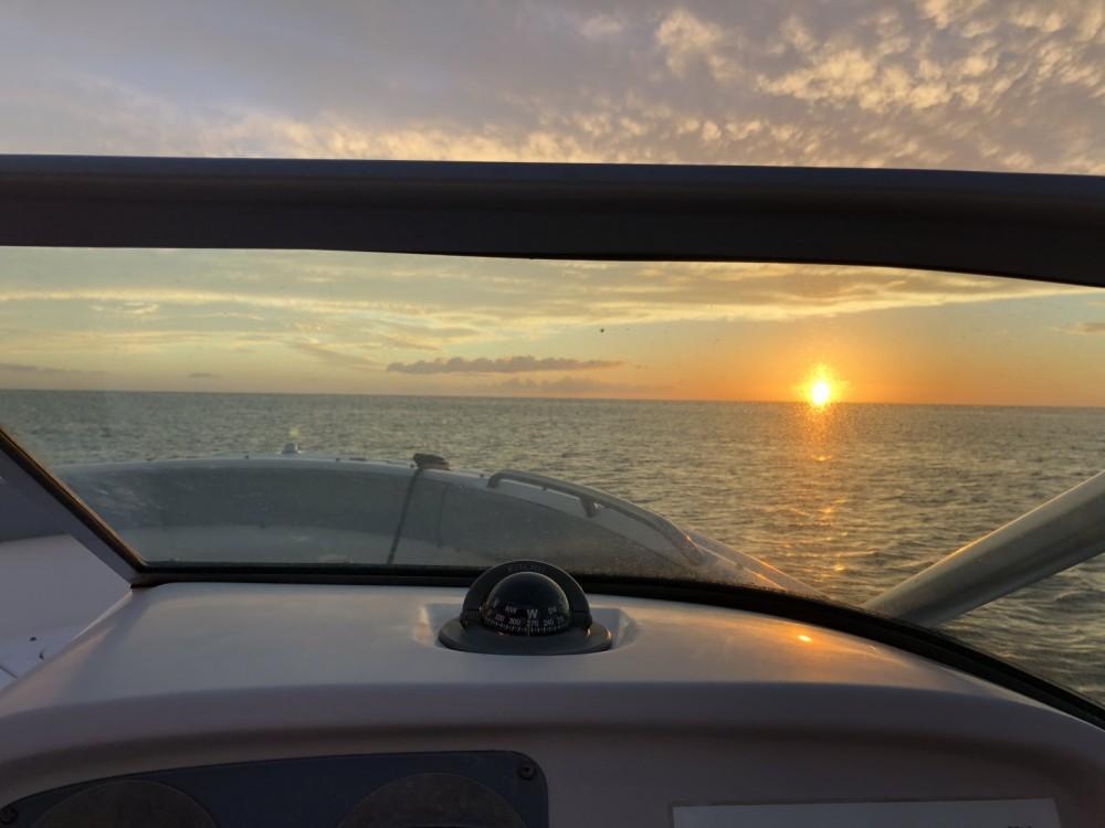 Location yacht à Le Lamentin - Robalo R227 sur SamBoat