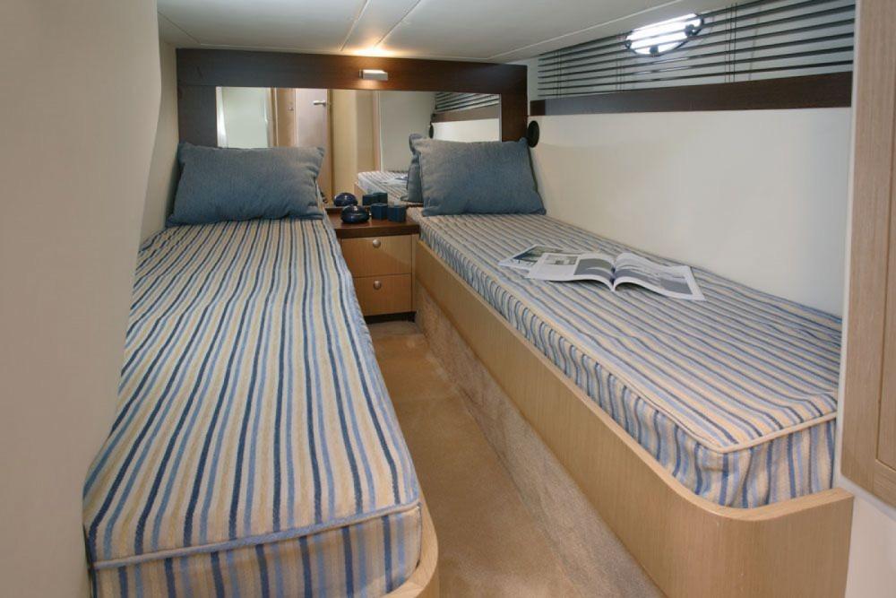 Rental Yacht in Alicante - Doqueve 43