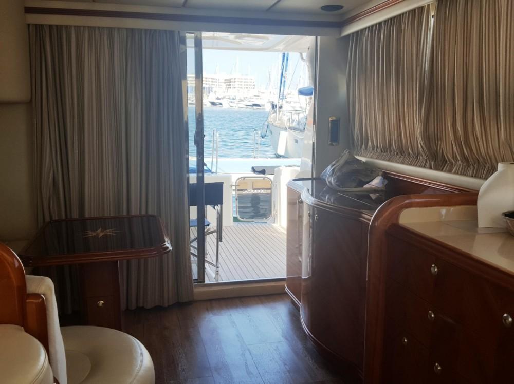 Jacht te huur in Alicante voor de beste prijs